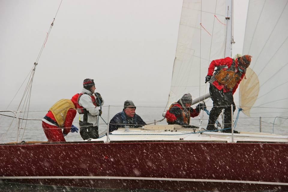 Winter sailint